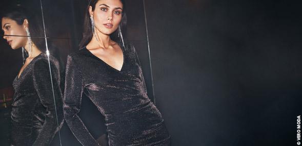 Korvaamaton pieni musta mekko